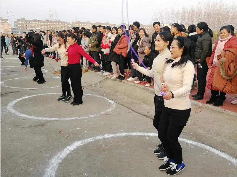 新沂市第六中学冬三项比赛